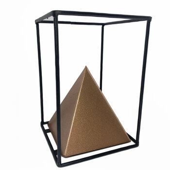 Escultura Triângulo P
