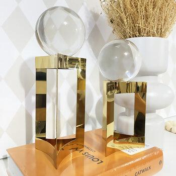 Esfera Em Vidro Com Suporte Dourado Grande